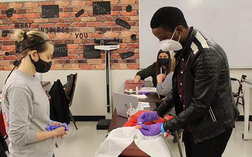 Nurses Aid students working